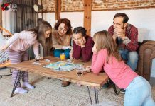 Board-Games-You-Can-Play-With-Your-Friends-On-Your-Phone